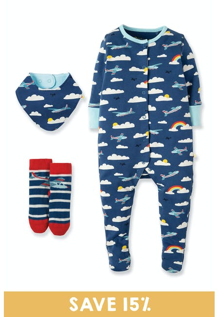 Welcome To The World Gift Set: Newborn To 0-3 Months | Frugi